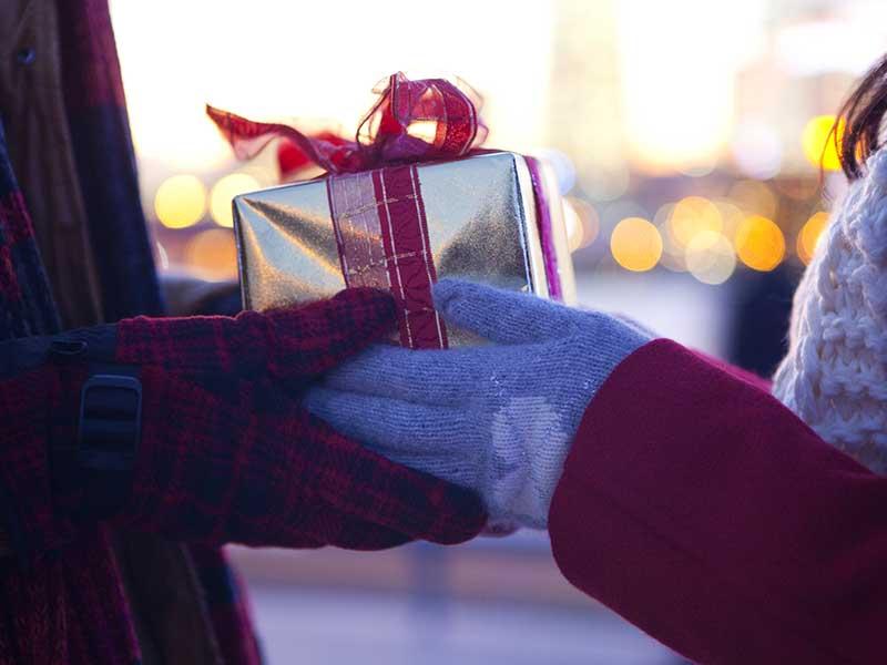 Năm mới sắp đến rồi, bạn đã biết cách chuẩn bị quà tặng cho người Nhật chưa?